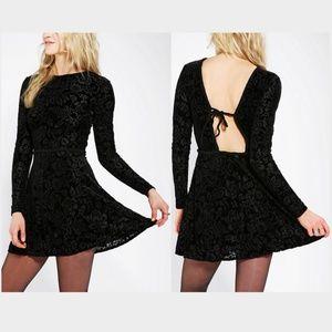 DV By Dolce Vita Azalia Burnout Velvet Dress